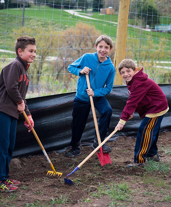Shelton Elementary Gardeners