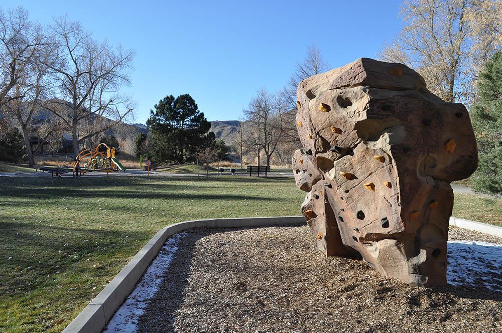 Norman D Memorial Park climbing rock
