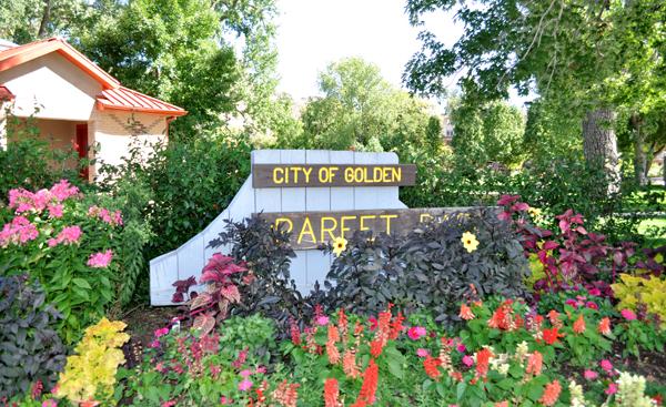 Parfet Park Entrance
